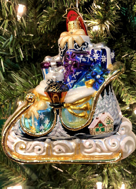 Picture of Winter Treasures Sleigh