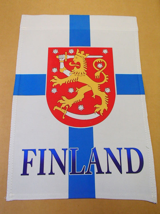 Picture of Finland garden flag with coat of arms