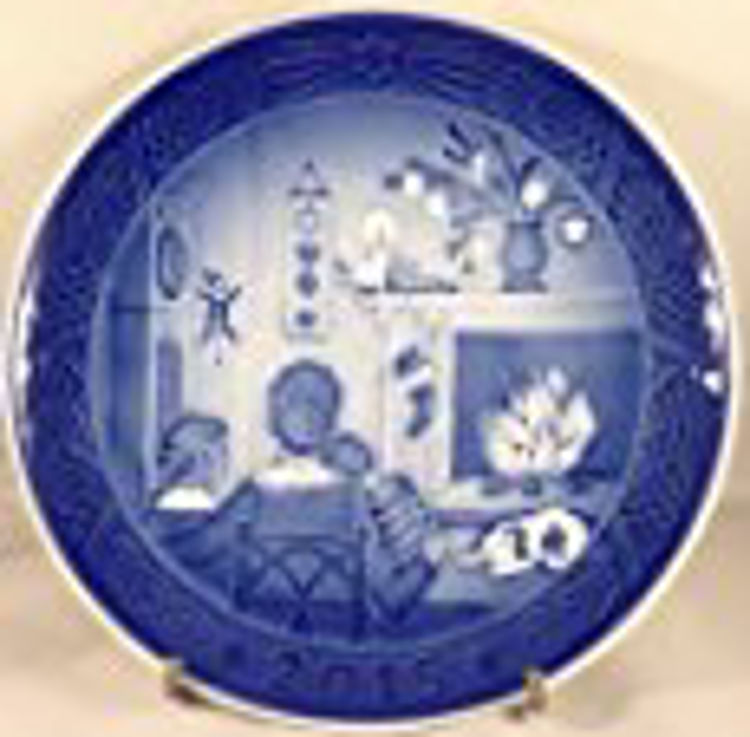 Picture of Royal Copenhagen Christmas Plate 2015