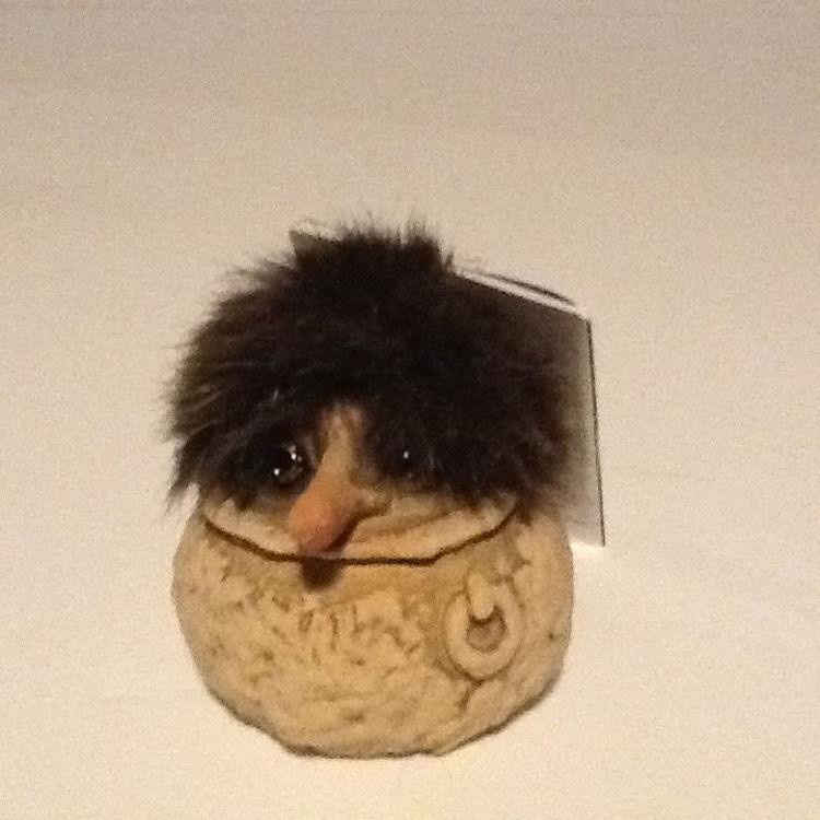 """Picture of Nyform Troll, """"Peek A Boo"""" in Pot"""