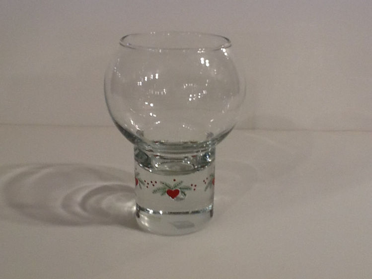 Picture of Hearts & Pines T-light Holder