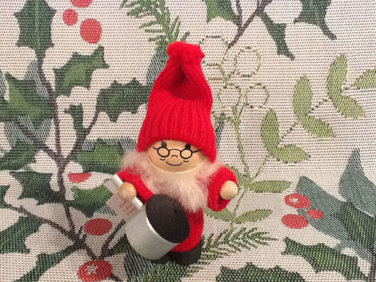 Picture of Small Tomte w/pot
