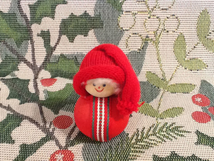 "Picture of Small ""Ball"" Tomte w/Hat."