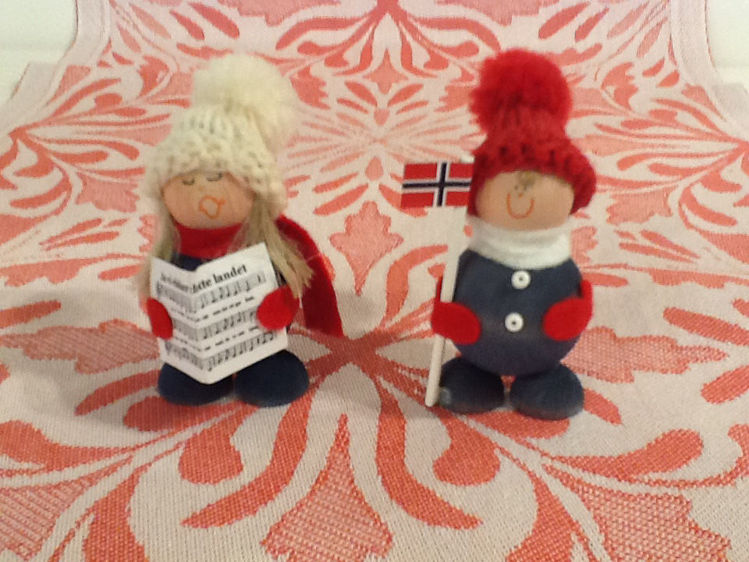 """Picture of Estonian Wooden Tomtes, 3.5"""" tall"""